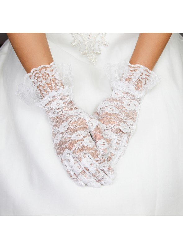 Vintage Style Lace Wrist Gloves in Black