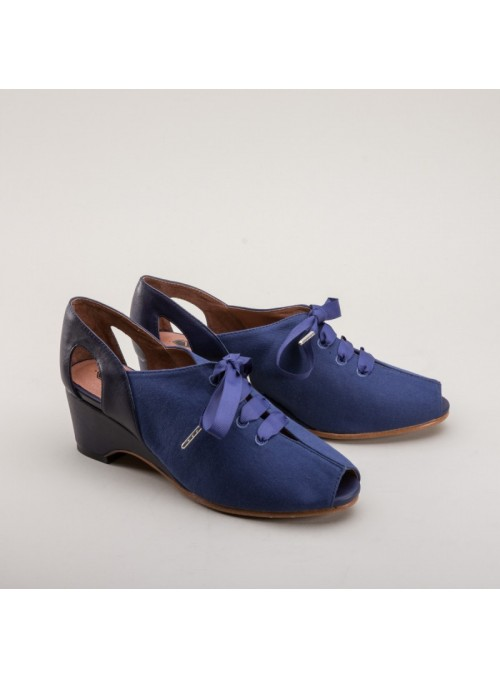 Daphne Retro Wedge Sandals in Navy by Royal Vintage Shoes