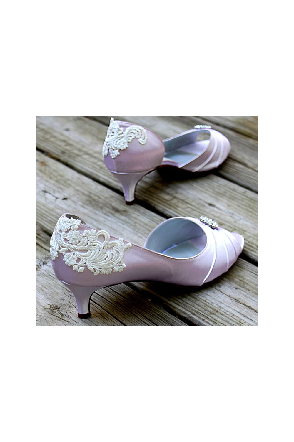 Lace Bridal Shoes In Vintage Style Cream Color