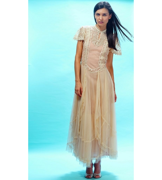 Victoria Dress in Butter